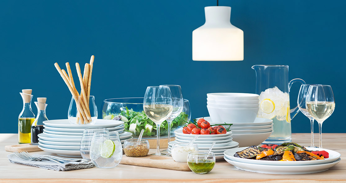 Modern dinnerware that will make every meal feel luxurious