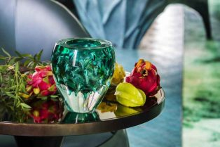 10 Decorative Vases to Revamp Your Home