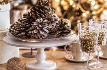 Keeping Festive Decor Up Past the Holiday Season: A Simple Guide