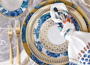 10 Items to Complete Your Valentine's Day Table Setting