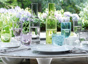 Summer Home Decor: Spice Up Your Meal Times with Our Summer Themed Decor Picks