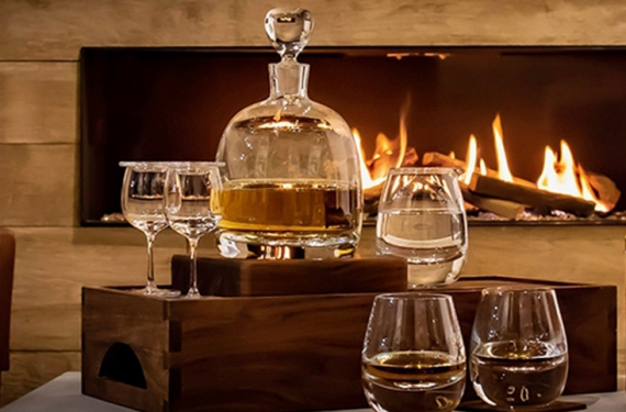 The Complete Guide To Whiskey Decanters